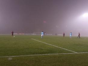 Melgar venció 2-1 a Sporting Cristal en intenso encuentro con mal tiempo