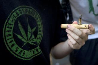 Consumir cannabis potente aumenta el riesgo de padecer enfermedades mentales