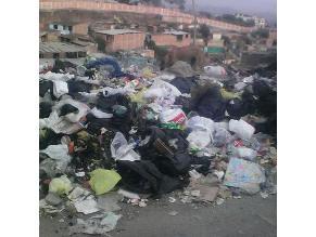 VMT: Basura se acumula en cada esquina de 'Ticlio Chico'