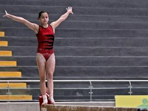 Gimnasta peruana Ariana Orrego logró el primer lugar de la Excalibur Cup
