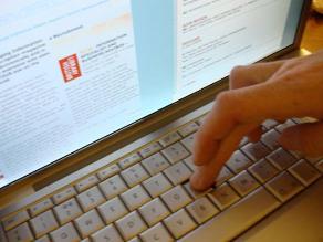 China cierra decenas de páginas web de citas