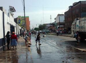 Trujillo: campaña de limpieza y fumigación en ex mercado Mayorista
