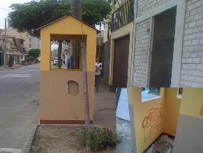 Casetas de vigilancia abandonadas en Ate