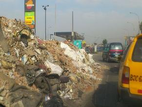 Reportan la presencia de montículos de basura en la avenida Nicolás Ayllón
