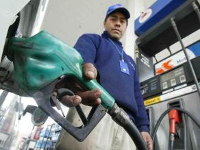 Opecu: 332 grifos subieron gasoholes hasta en S/. 1,04 por galón