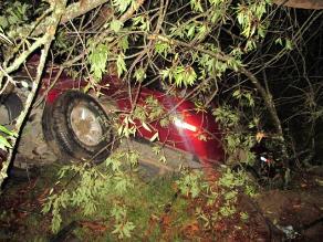Áncash: cuatro muertos y un herido tras caída de vehículo a abismo
