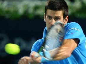 Novak Djokovic no tuvo problemas para debutar ganando en Dubai