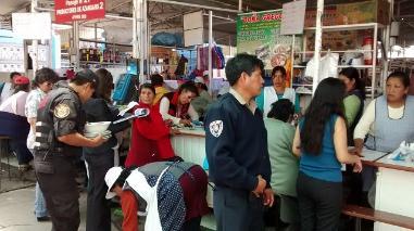 Arequipa: constatan condiciones insalubres en Feria El Altiplano