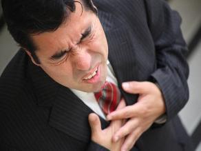 ¿Qué hacer si alguien sufre un infarto de miocardio?