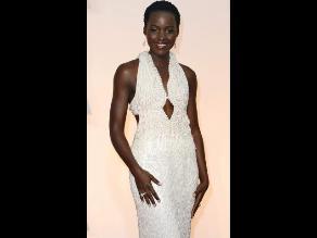 Roban vestido que Lupita Nyong'o lució en los Oscar