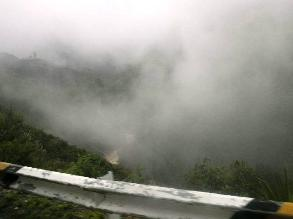 La Libertad: Densa neblina se registra en vía de acceso a Otuzco