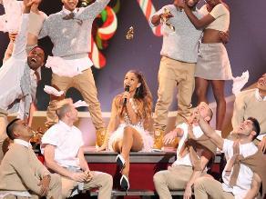 ¡Ariana Grande casi muere en su concierto!