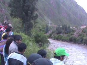 Cusco: sigue la búsqueda de cuatro personas que cayeron a río Vilcanota