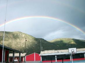 Áncash: pobladores disfrutaron de dos arco iris en el cielo caracino