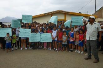 Prohíben reuniones públicas tras alerta roja por dengue en Batangrande