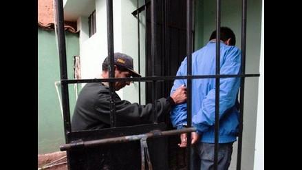 Capturan a falso teniente de la FAP que estafaba a policías en Surco