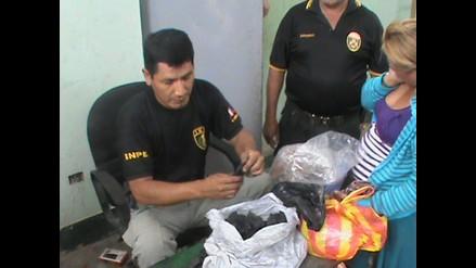Huaral: intervienen a mujeres que intentaron ingresar celulares a penal