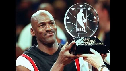 NBA: Michael Jordan alcanza la fortuna de mil millones de dólares