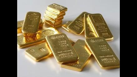 Oro se estabiliza y sube 0,1% ante retroceso del dólar