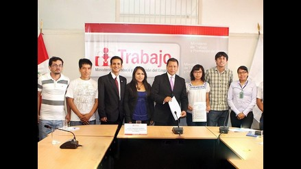 MTPE firma acta con jóvenes para generar políticas de empleo juvenil