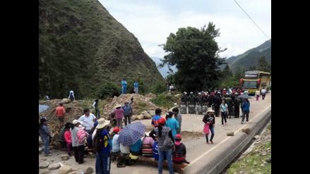 Cusco: con bloqueo de carreteras inicia el paro agrario