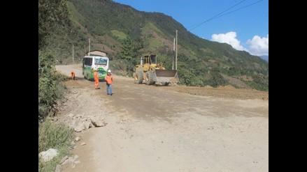 San Martín: vía Fernando Belaunde Terry bloqueada por caída de piedra