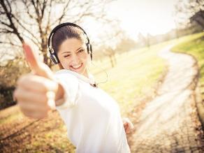 Aprende una rutina al aire libre y ahórrate el gimnasio