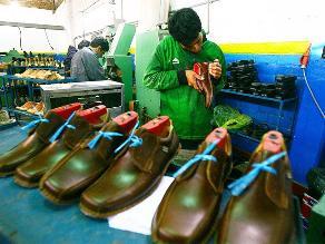 Acuerdan fortalecer capacidad exportadora de pymes de calzado de VES