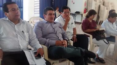 Acuña dice que Javier Velásquez ya empezó la campaña del APRA