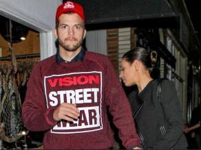 Ashton Kutcher y Mila Kunis salieron y se toparon con Demi Moore