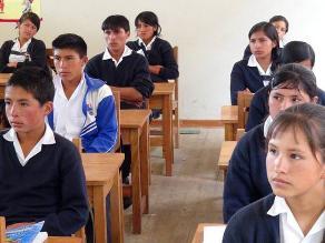 Huánuco: más de 100 mil estudiantes de escasos recursos iniciaron clases