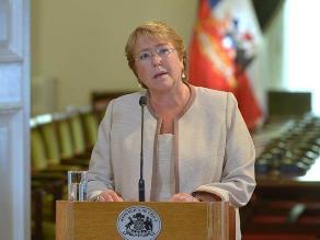 Bachelet exhorta a superar el pasado en relaciones de Chile con Perú