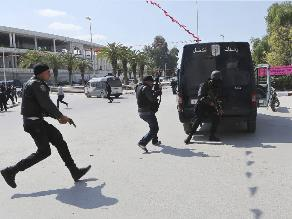 Ataque en Túnez deja 19 muertos, entre ellos 17 turistas extranjeros