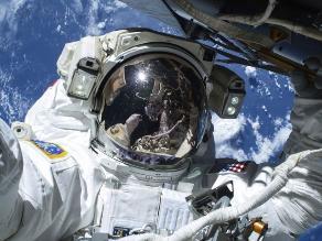 Cinco datos sobre la primera salida del hombre al espacio abierto