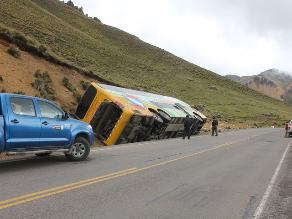 Cusco: despiste y volcadura de ómnibus dejó 27 heridos en Maras