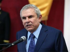 Castañeda Lossio propone a Enrique Bernales como jefe del Gabinete
