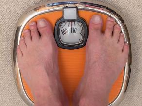 Conoce los hábitos que te impiden perder peso en forma duradera