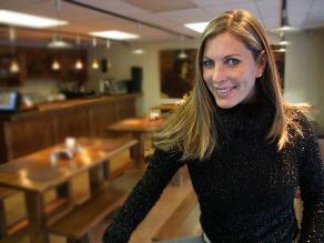 Leslie Stewart indignada con los productores de 'Asu mare 2'
