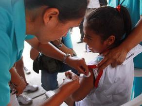 Minsa asegura normal abastecimiento de vacunas en Centros de Salud