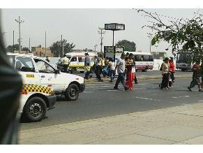 Callao: Falta de semáforo pone en riesgo la vida de peatones