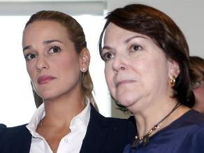 Chile: Expresidentes respaldan a esposas de opositores venezolanos presos