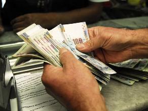 Billetes rotos o dañados se pueden canjear en bancos y cajas