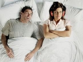 Roncar fuerte y la apnea del sueño estarían relacionadas con deterioro de la memoria