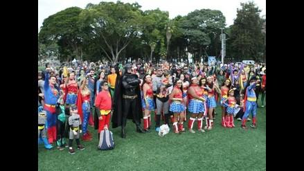 Cientos de brasileños se disfrazaron como superhéroes