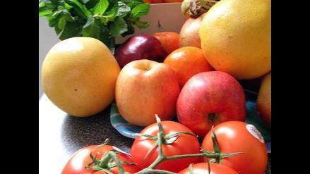 Conoce seis frutas que aportan menos de 50 calorías