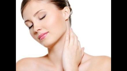 Ejercicios para cuidar la piel de tu cuello y no refleje el paso de los años
