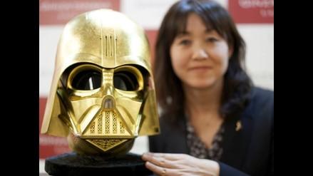 Star Wars: joyería forja casco de Darth Vader en oro para celebrar nuevo filme