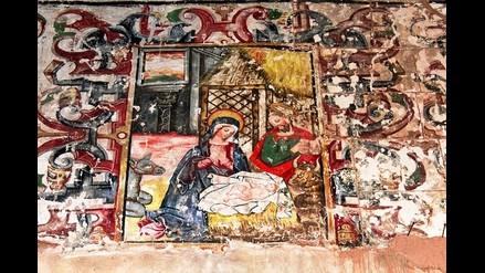 Cusco: hallan cripta y pintura mural en templo de Maras