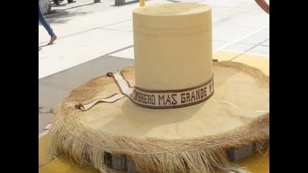 Lambayeque: artesanos presentan el sombrero más grande en feria cultural
