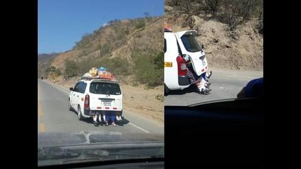 WhatsApp: escolares son transportadas en un auto con los pies al aire